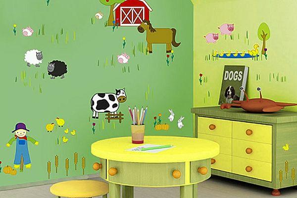 selecting wallpaper for a US kid's room